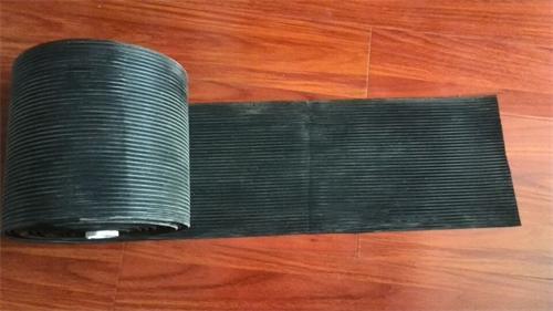 供应导料槽橡胶挡尘帘煤矿传送箱防尘的图片